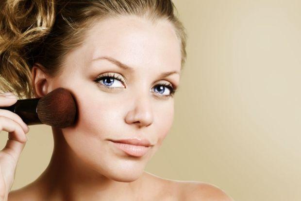 Kötü makyaj malzemesi erken menopoz yapıyor!