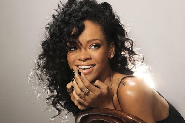 Rihanna ve ilham veren saç stilleri...