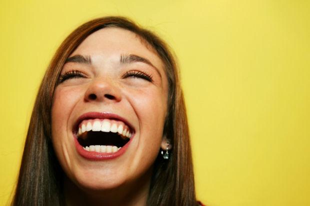 1 dakika gülmenin faydaları!