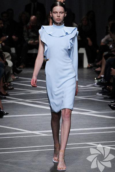 Givenchy 2013 İlkbahar Koleksiyonu