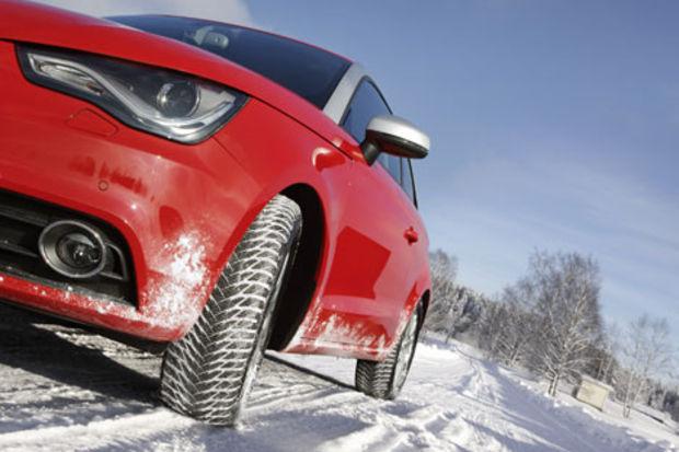 Karlı havada hayat kurtaran araç kullanım önerileri!