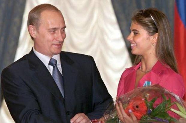 Putin'in sevgilisinden bebeği oldu iddiası!