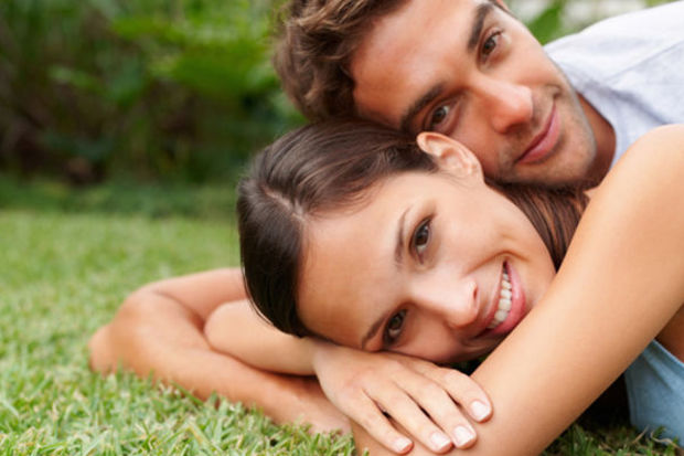 Erkek arkadaşınızın sizden utandığını gösteren 8 işaret!