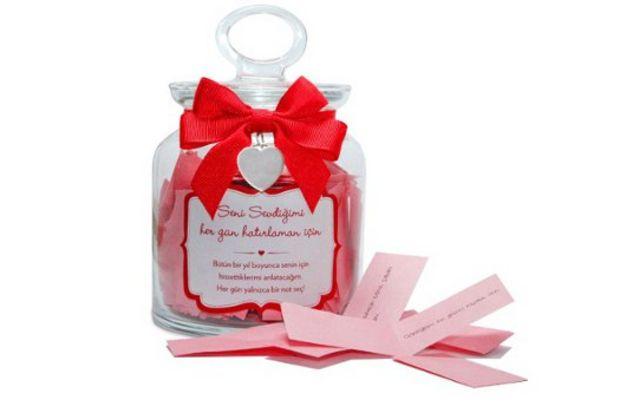 Aşkınıza özel hediyeler Luksbazaar.com'da...