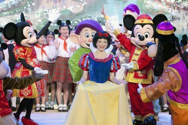 Disneyland'a ırkçılık davası!