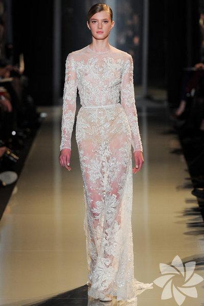 Elie Saab Haute Couture İlkbahar Yaz Koleksiyonundan fotoğraflar...