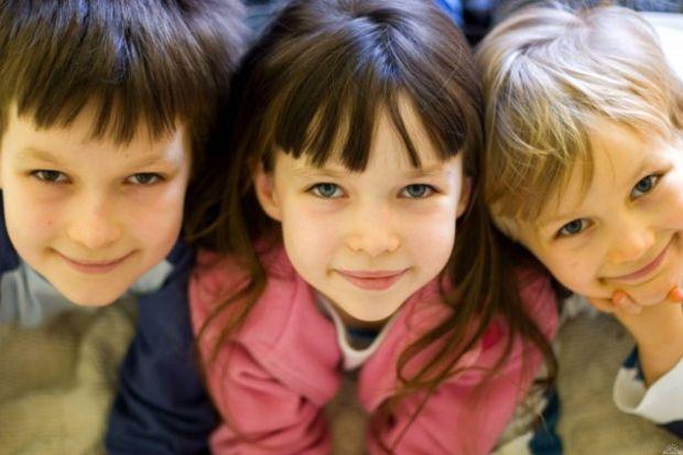 Okul çocuklarının başının belası; annelerin korkulu rüyası: Bit…