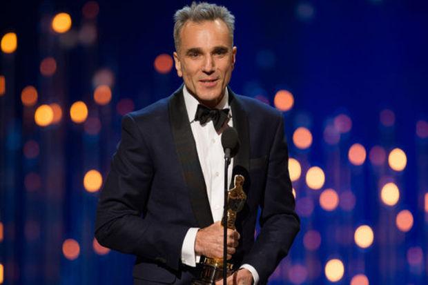 3 Oscar'la tarihe geçti!