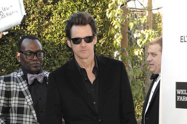 Koca ayak Jim Carrey!