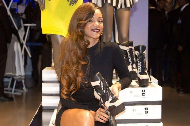 Rihanna hayalleri süslüyor ben onun bedenini!