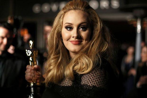 Adele,Williams'la düeti kabul etti!