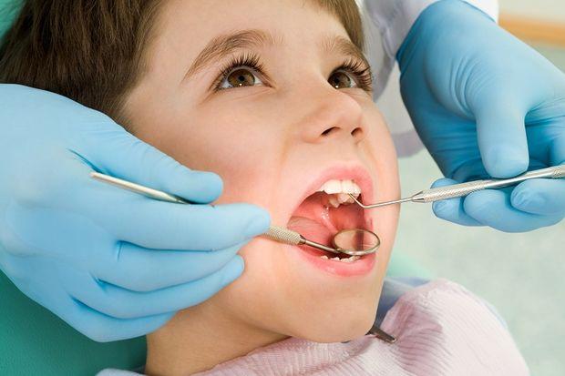 Diş muayenesinin 1 yaştan itibaren başlaması gerekiyor!