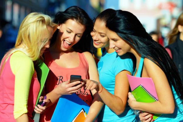 10 öğrenciden 9'u cep telefonu kullanıyor!