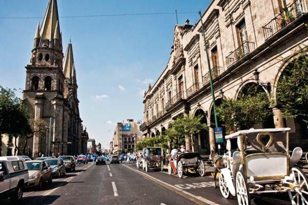 Şaşırtan Meksikalı: Guadalajara...