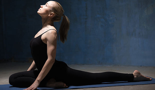 Kalçanızı sıkılaştırmak için 7 yoga duruşu