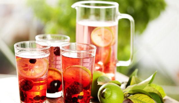Ev yapımı 8 meyve suyu