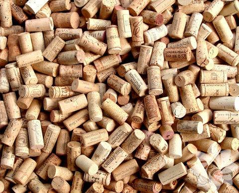 Şarap mantarlarını sakın atmayın!