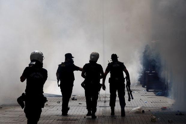 Türkiye Barolar Birliği'nden Gezi Parkı'nda polisin müdahalesine suç duyurusu...