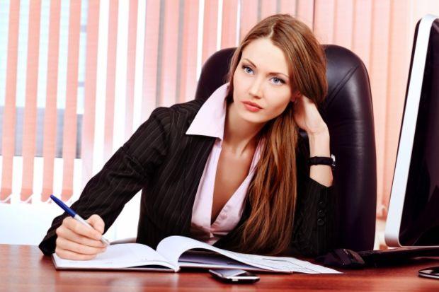 Oturarak çalışan kadın ne yemeli? (2. bölüm)
