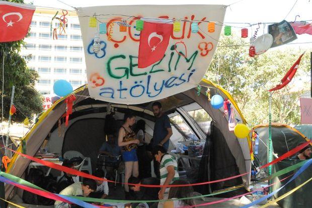 """Demet Evgar Gezi Parkı'nı ve """"Gezim Çocuk Atölyesi""""ni anlattı..."""