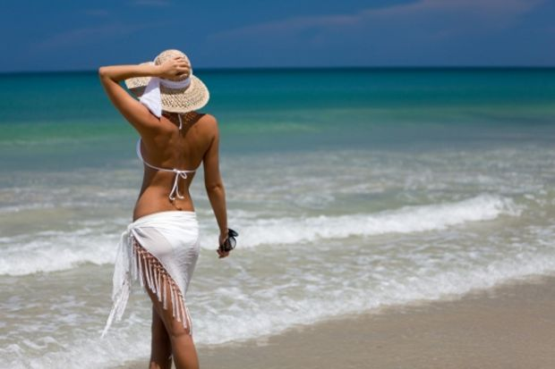 2013 yılı plaj şapkaları