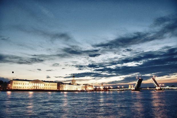 St. Petersburg' a ne zaman gidilir?