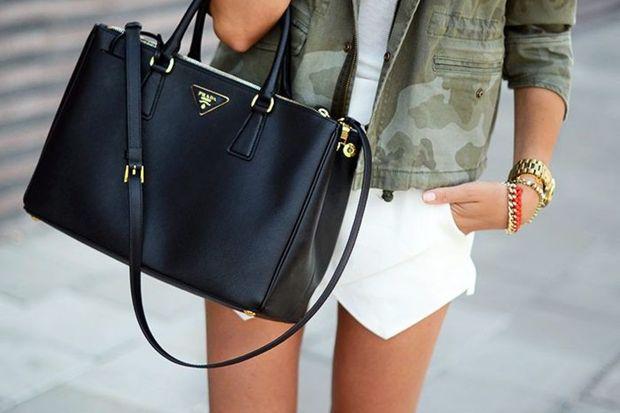 "Prada'nın yeni çantası ""Prada Twin Pockets"""