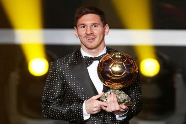 Genç kızların hayran olduğu futbolcu Lionel Messi reklam yüzü…
