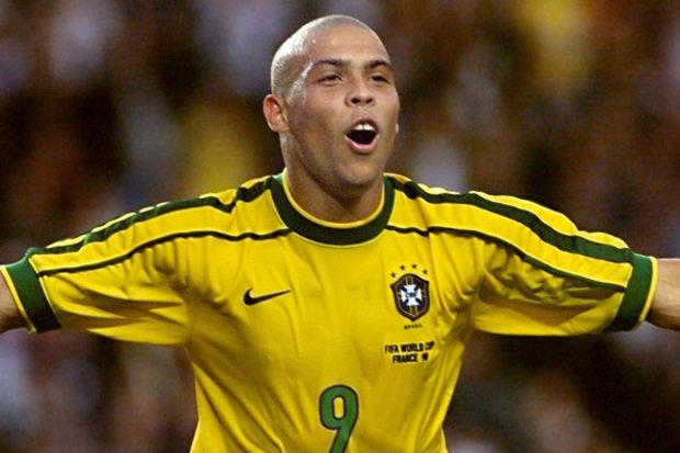 'Playboy' Ronaldo!