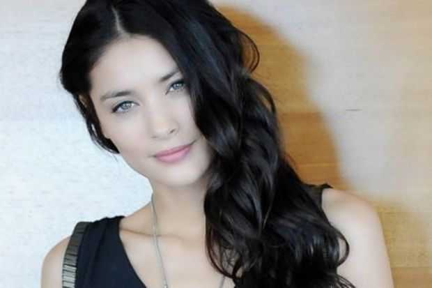 Fransız model: Florence Eugene…
