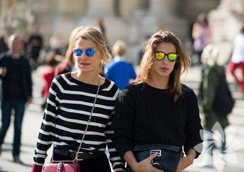 Aynalı ve renkli güneş gözlükleri...
