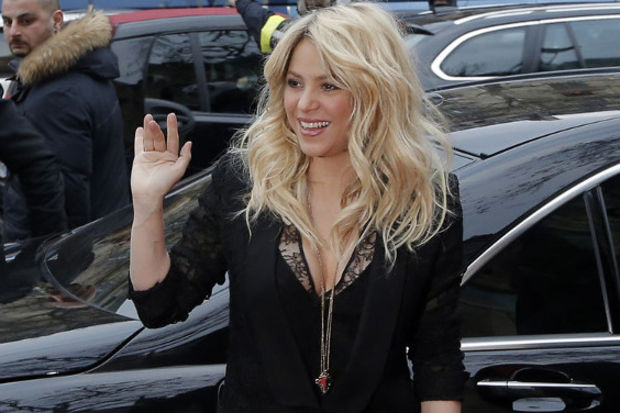 Shakira'ya 100 milyon dolar müjdesi...