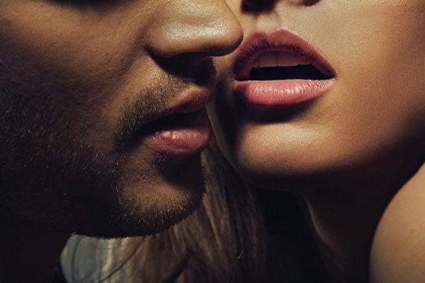 Seks sırasında başınıza gelebilecek 7 normal şey...