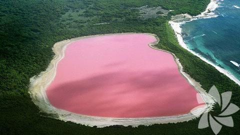 Batı Avustralya'daki Hillier Gölü, görenleri şaşkına çeviriyor.