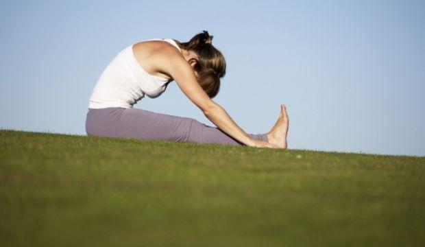 Uykusuzluk ve sürekli yorgunluk için 5 yoga pozu