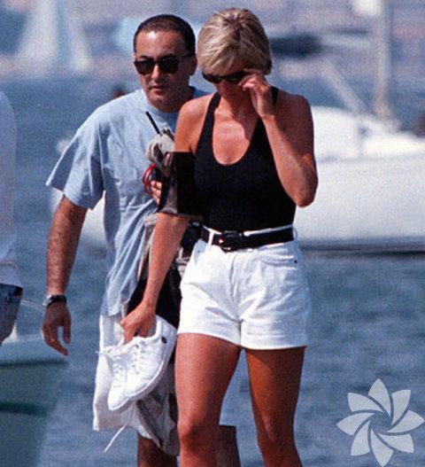 Lady Diana'nın kıyafetleri