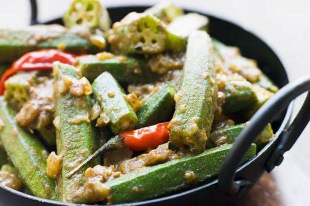Düşük kalorili sebze: Bamya…