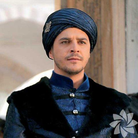 Ölüm yıldönümünde Şehzade Mustafa'nın hayatına kısaca göz atalım.Kanuni Sultan Süleyman ile Mahidevran Sultan'ın oğlu Şehzade Mustafa, 1515 yılında Manisa'da dünyaya geldi.