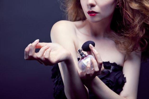 Parfümünüzü kıyafetinize uydurun