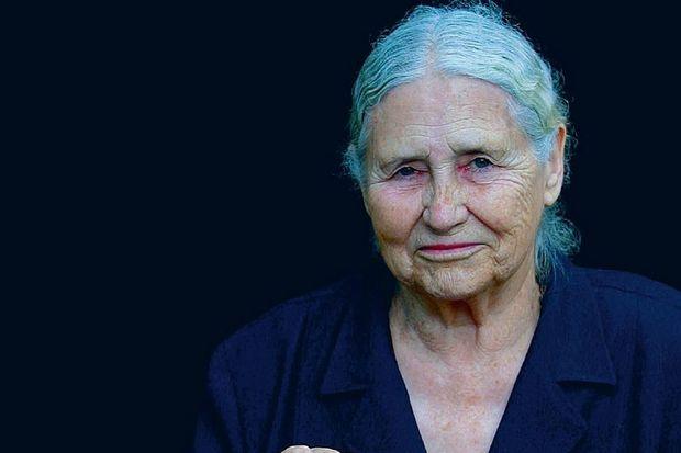 Güle güle Doris Lessing...