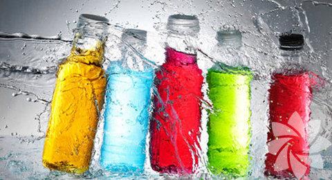 Enerji içecekleri: Kalori ve şeker içerikleri yüksek diğer bir içecek grubudur. Yüksek kafein içerikleri ile genelde tüketilmeleri önerilmemektedir.