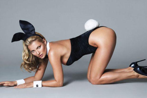 Kate Moss photoshop'la yaşını küçülttü