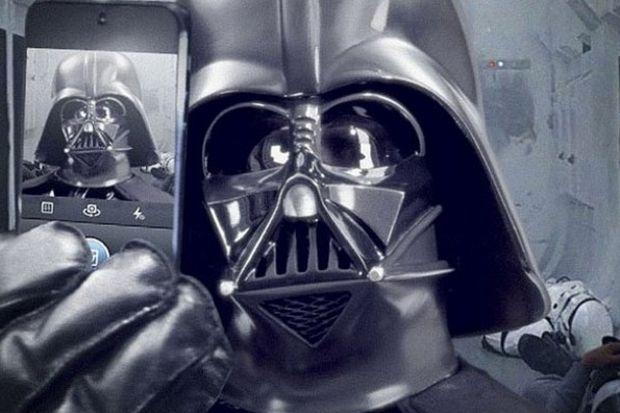 Darth Vader Instagram'da
