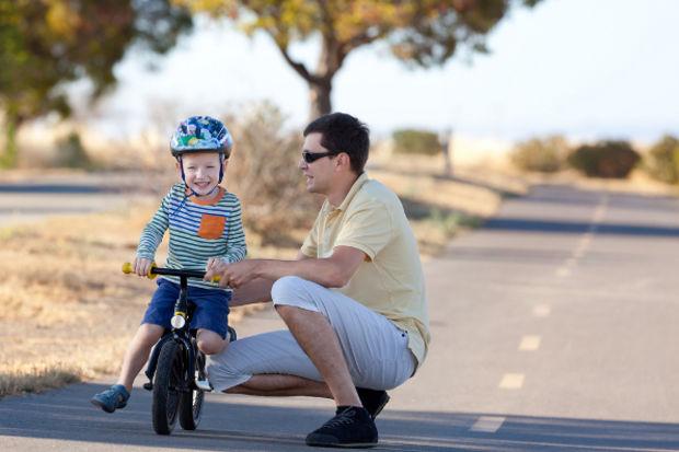 Aşırı koruma çocuğun özgüvenini azaltıyor