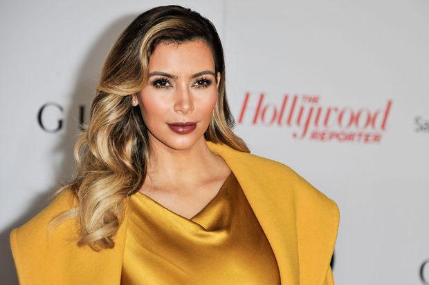Kim Kardashian eski formuna geri döndü