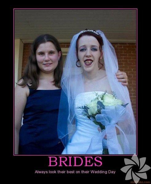 Dünyadan çeşitli karelerle unutulmaz düğün anılarını sizin için bir araya getirdik.