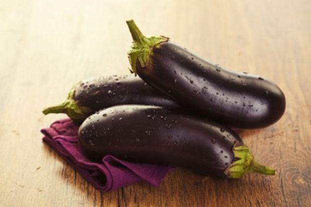 Okurun mutfağından: Mantolu patlıcan