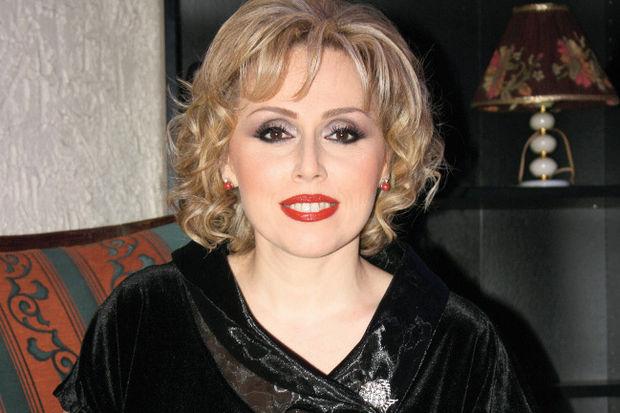 Pınar Altınok'tan 'Doruktaki Şarkılar'