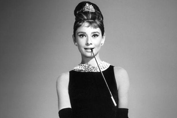 En güzel topuz Audrey Hepburn'ün