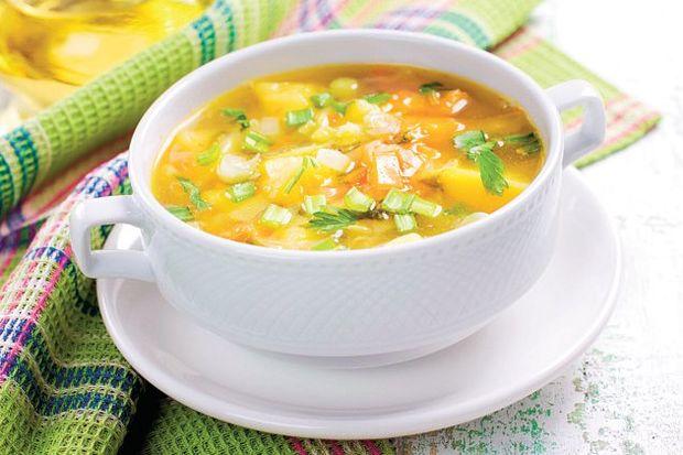 Beyaz lahanalı kereviz çorbası